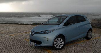 Renault-Zoe-seaside_web.jpg