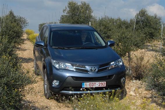 ToyotaRAV4Barcelona1.jpg