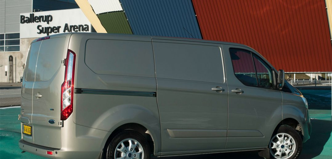 Ford-Transit-Custom-bagfra-.jpg
