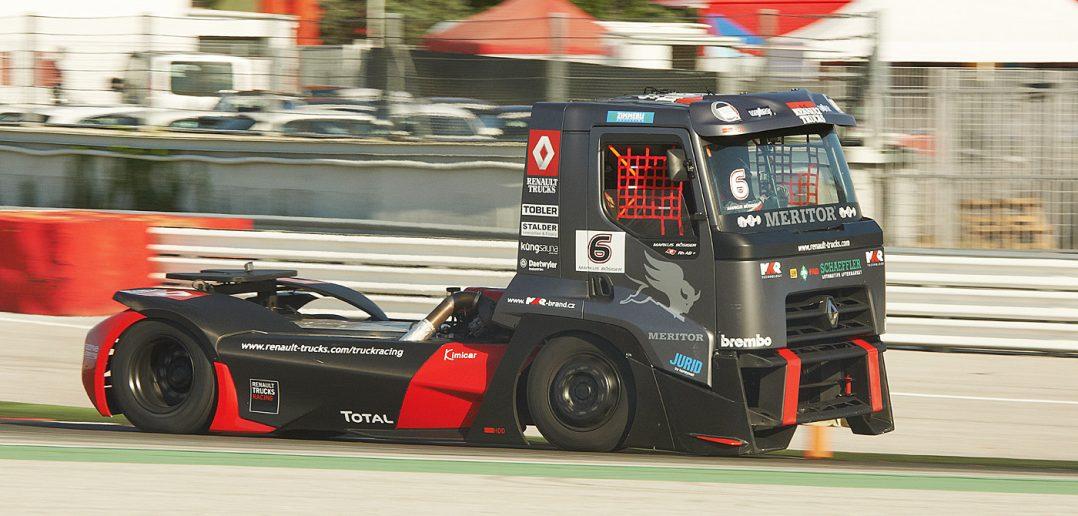 Renault-racetruck-2013e_web.jpg