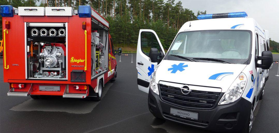Opel-brandbil-og-ambulance_.jpg