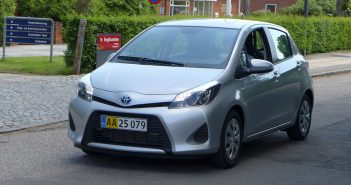 Toyota-hybrid-forfra_web.jpg