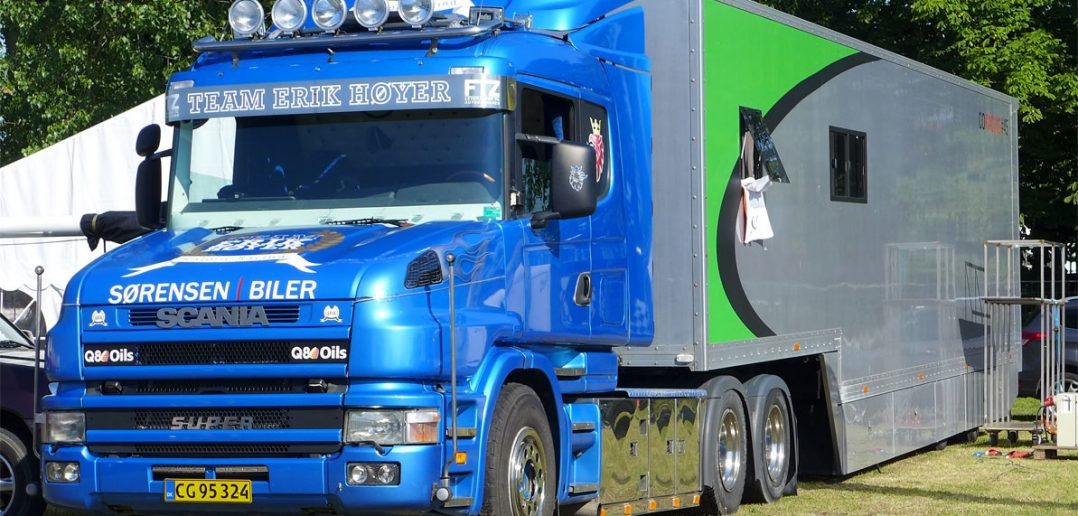 Scania-show-hoyer_web.jpg