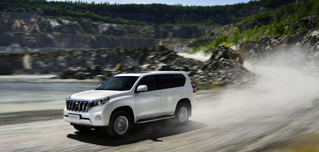 Toyota-LandCuiser-14_web.jpg