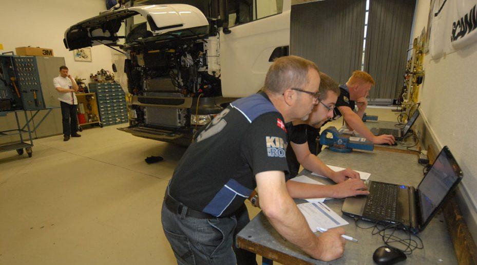 Scania-3-Top-Team-2013_web.jpg