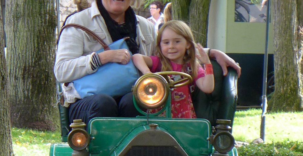 Lene-og-Laura-i-Tivoli_web.jpg
