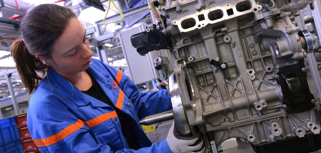 Peugeot-Citroen-3cyl-turbo_.jpg