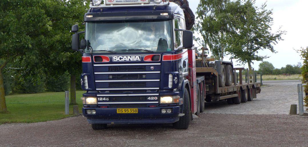 Dixen-Scania-124-2005_web.jpg