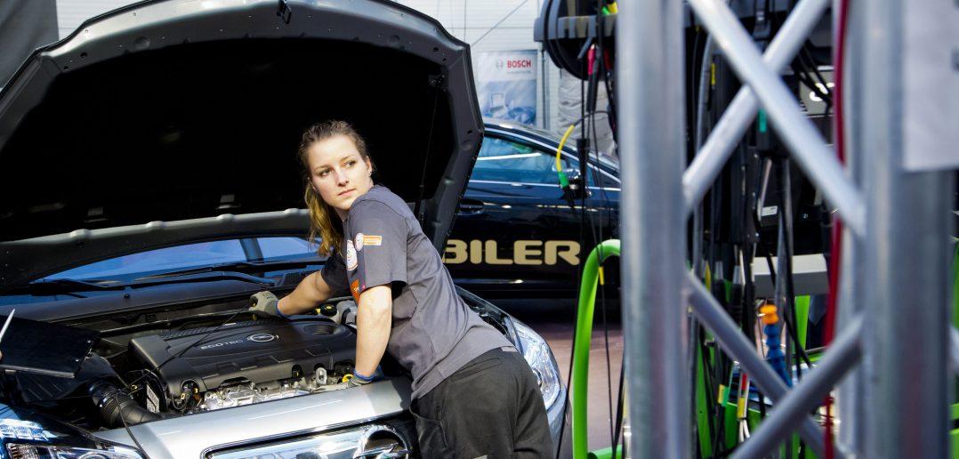 vaerksted-Opel_web.jpg