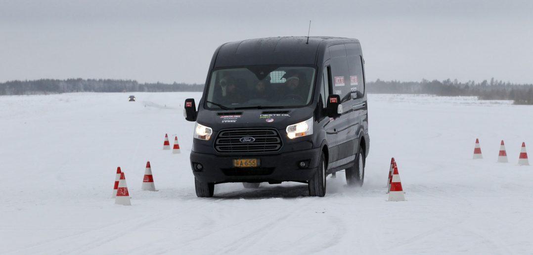 Arctic-Van-14-2-t-Transit_w.jpg