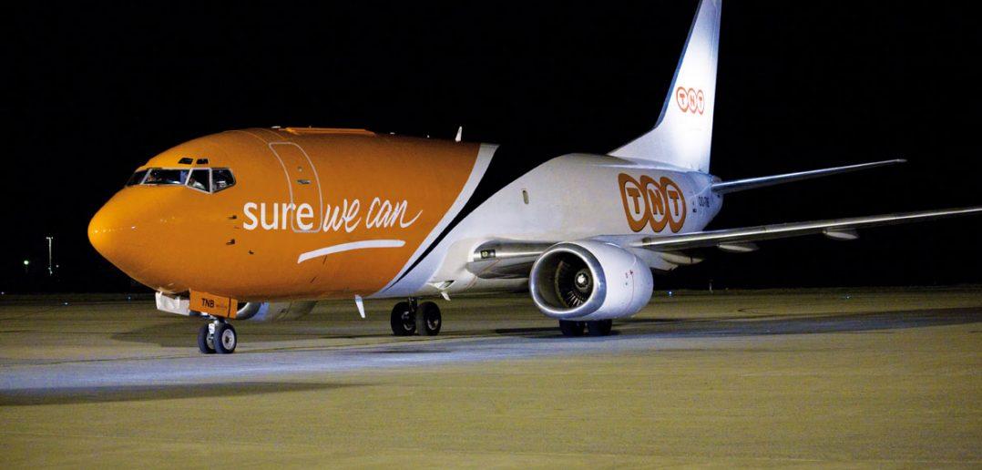 TNT-natfly-Boeing-737_web.jpg