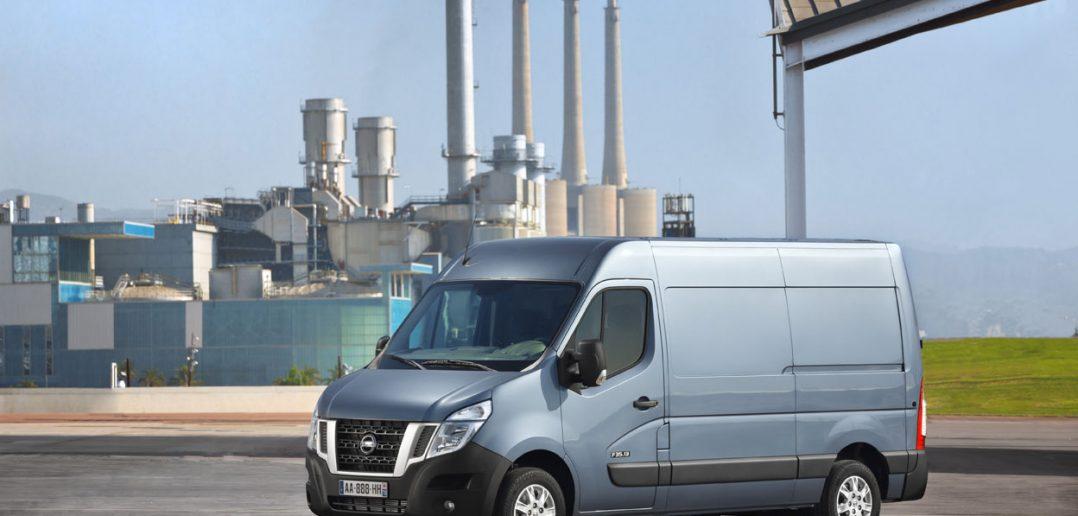 Nissan-nv400-2015_web.jpg