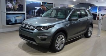 Paris-14-Land-Rover-Discove.jpg