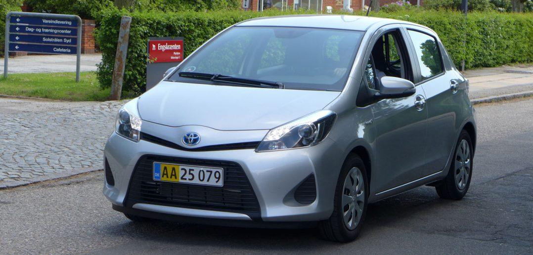 Toyota-hybrid-forfra_web-2.jpg