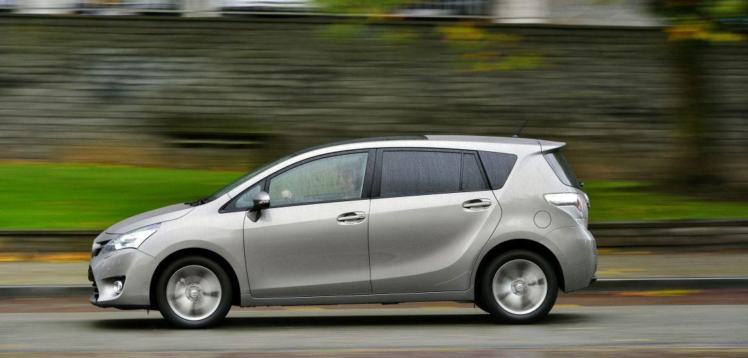 Toyota-Sportsvan2_web.jpg