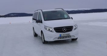 MB-Vito-4x4-Arjeplog-is_web.jpg