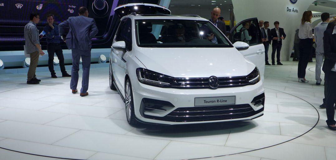 Genf-15-VW-Touran-R-front_w.jpg