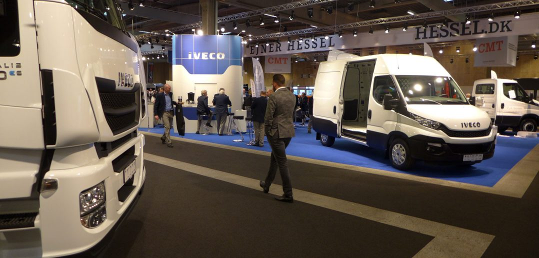 Transport-2015-Iveco-stand_.jpg