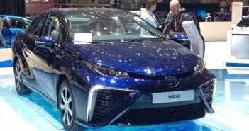 Toyota-Mirai-brint-Genf-15.jpg