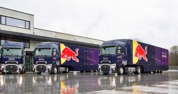 Renault-F1-trucks_web.jpg