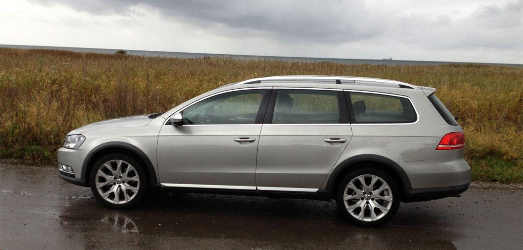 VW-Passat-Alltrack-1.jpg