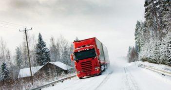Vinterdaek-p-lastbiler-i-S.jpg