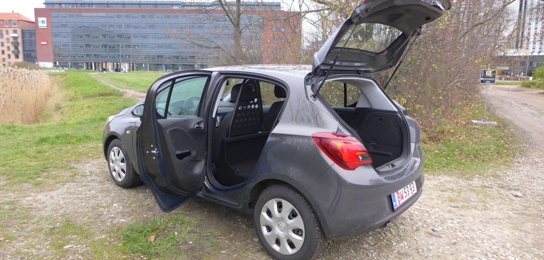Opel-Corsa-15-open.jpg