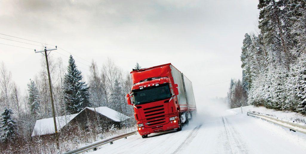 Vinterdaek-p-lastbiler-i-S-1.jpg
