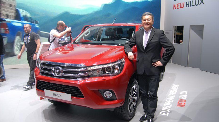 Genf16-ToyotaHiluxHiroki-Na.jpg