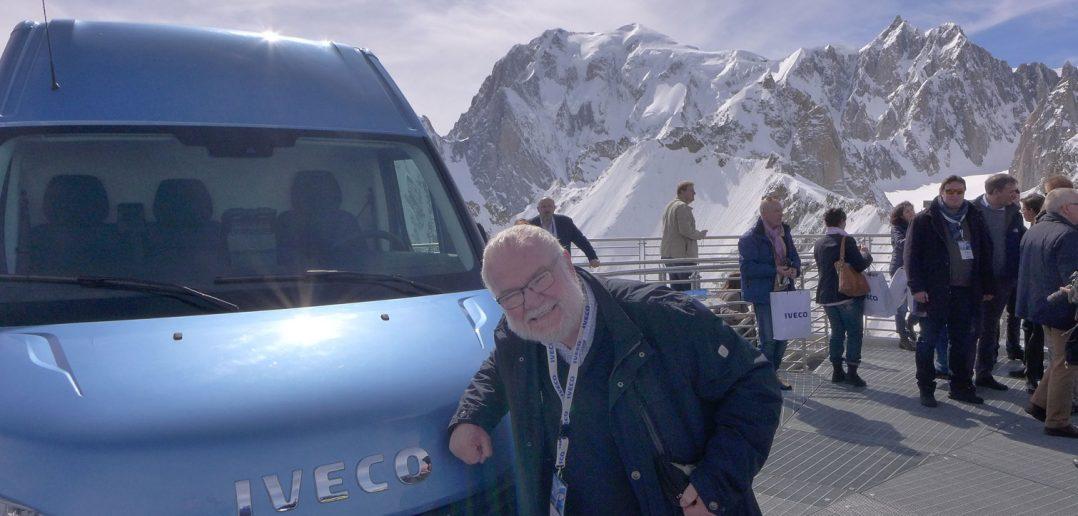 Iveco-Daily-Mt-Blanc-og-red.jpg