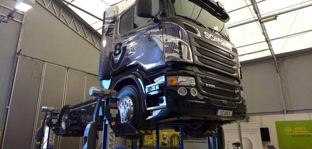 Scania-V8-730-hk-lift_web-4.jpg