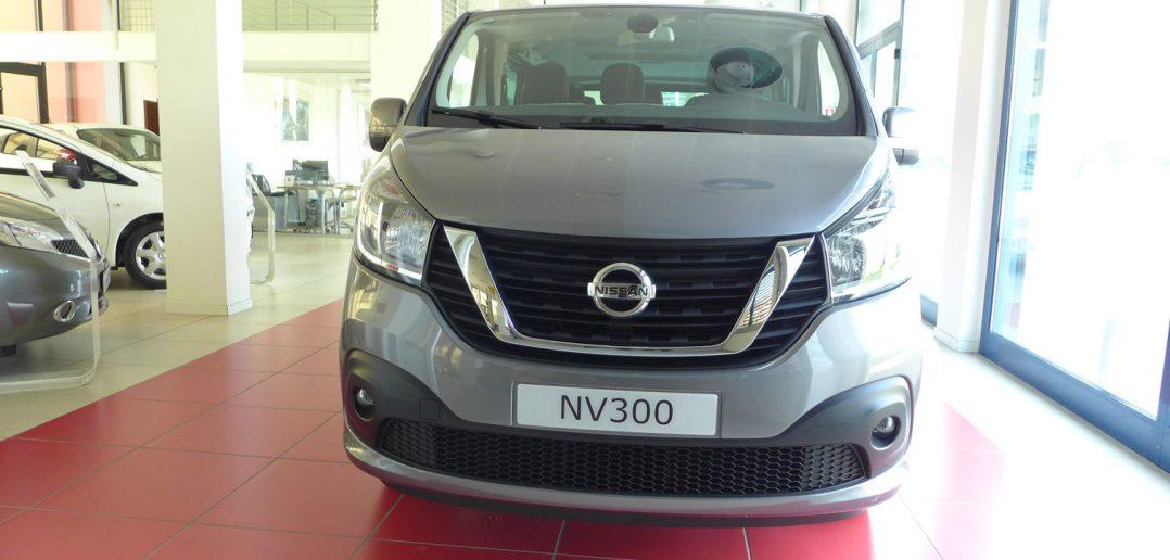 Nissan-NV-300-front.jpg