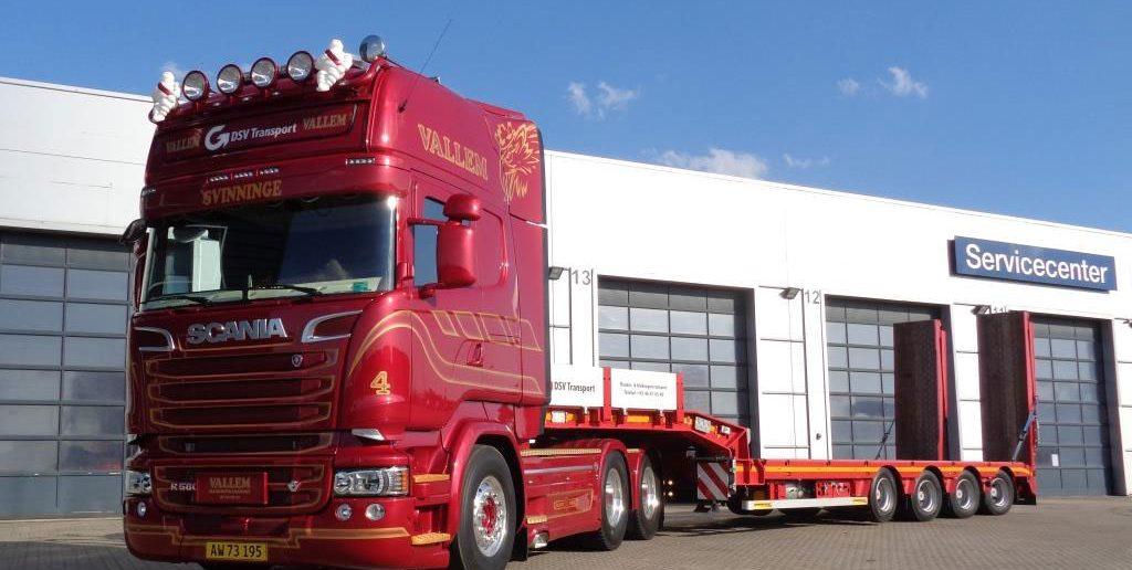 Scania-V8-Vallem-Trans.jpg