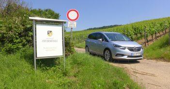 Opel-Zafira-2017-front.jpg