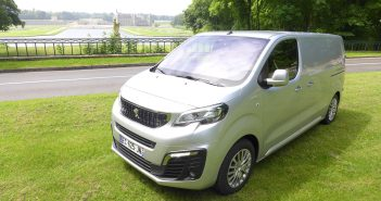 Peugeot-Expert-Chantilly-In.jpg