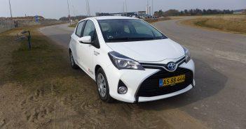 Toyota-Yaris-Hybrid-Van_web-1.jpg