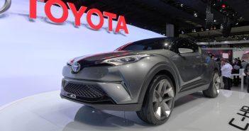 IAA-Toyota-C-HR-2_web.jpg