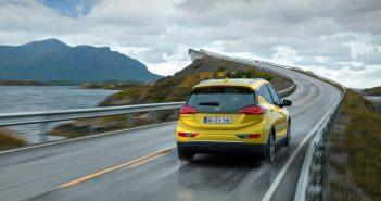Opel-elbil-Ampera-e-bagfra_.jpg