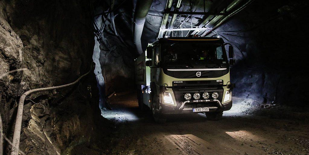 Volvo-selkoer-FMX-16_web.jpg