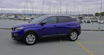 Peugeot-3008-side_web.jpg