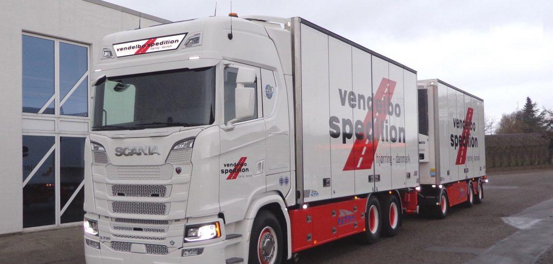 Scania-S-serie-nr-1-til-DK_.jpg