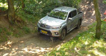 Toyota-Hilux-skov-DK-16_web-1.jpg