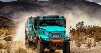 Iveco_DeRooy_2_Dakar_web.jpg