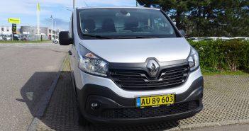 Renault-Trafic-2015_web-1.jpg